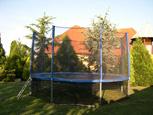 foto spodní sítě pro trampolínu