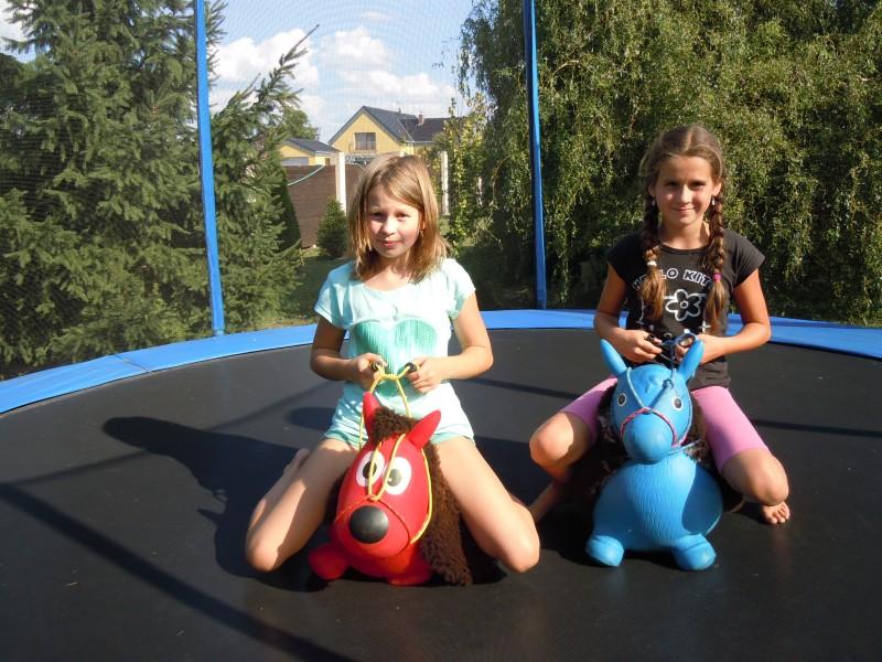 dětská trampolína
